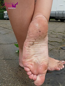 footgirljennycom-6