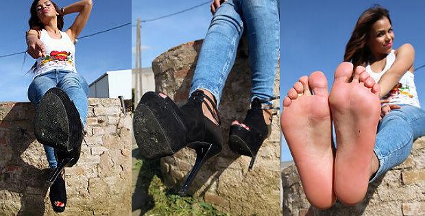 High Heels und Barfuss